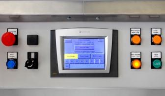 Szivárgás ellenőrző célgép kezelőpultja